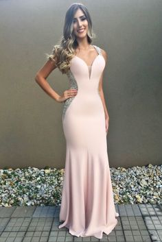 The exclusive wedding gowns,bridesmaid dresses, prom and evening gowns and more can be explored in this one stop boutique. Pretty Dresses, Sexy Dresses, Vintage Dresses, Beautiful Dresses, Formal Dresses, Sexy Evening Dress, Evening Dresses, Grad Dresses, Bridesmaid Dresses