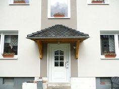Das Vordach Odenwald  ist ein erstklassig verarbeitetes Walmdach.