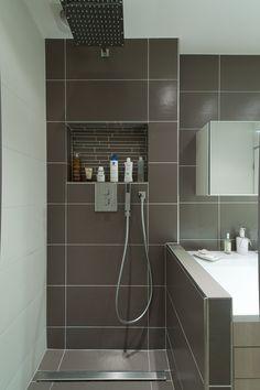 Tringle rideau de douche angle sur mesure baignoire sous for Salle de bain dans un couloir
