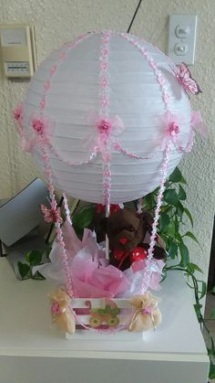 Hot air balloon for baby shower Baby Party, Baby Shower Parties, Baby Shower Themes, Baby Showers, Shower Bebe, Baby Boy Shower, Baby Shower Gifts, Baby Shower Centerpieces, Baby Shower Decorations