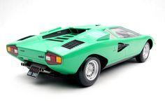#Lamborghini #Countach GREEN