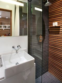 Renovation Inspiration: 5 Beautiful Showers with Black & Gray Tiles