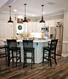 Home Renovation Design 35 Kitchen Remodel on a Budget Diy Kitchen, Kitchen Dining, Kitchen Decor, Kitchen Ideas, Kitchen Cabinets, Soapstone Kitchen, 10x10 Kitchen, Kitchen Designs, Kitchen Countertops