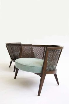 The Good, the Bad and Home Decor Inspo Furniture is the crux of the home. Kincaid furniture has been offering classy furniture made from excellent woo. Cane Furniture, Furniture Making, Bedroom Furniture, Modern Furniture, Furniture Design, Antique Furniture, Natural Furniture, Furniture Knobs, Furniture Market