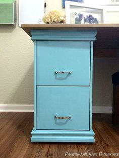 DIY Filing Cabinet Desk :: Hometalk.  Want to do this to my filing cabinet.  Need hubby's help!