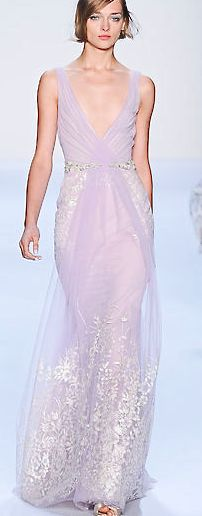 That colour in that fabric, just amazingly stylish. Don't get me started on the border. Marchesa, 2014