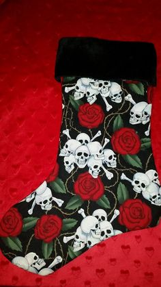Ho Ho Ho Beautiful Rockabilly Skull & Rose by LynnThreadables Rockabilly Shoes, Christmas And New Year, Christmas Stockings, Creepy, Skull, Trending Outfits, Holiday Decor, Rose, Unique Jewelry
