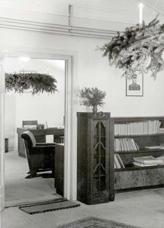Westerbork, Holland, The camp commandant's office at Christmas. - Westerbork, Holland, 1942-1943, a personal album of camp commander Albert Konrad Gemmeker.
