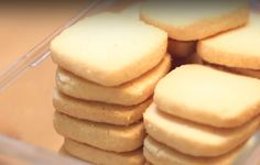 Incredibly Soft Cookies: You'll need just 3 ingredients and 30 minutes of time! If you like dinos HOLA and give me I like it MIREN . Mexican Food Recipes, Sweet Recipes, Cookie Recipes, Dessert Recipes, Desserts, Biscuits Russes, Galette, Beignets, Churros