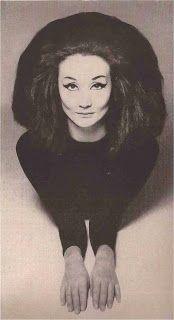 Jacqueline de Ribes. Photo by Richard Avedon, 1955.