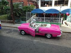 Mid-century modern design, top secret dining destinations, and some of the cutest taxis ever—just a few of my favorite things about Havana, Cuba.