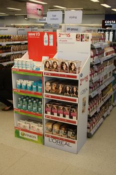 Garnier & L'Oreal using #print #displays to promote their products.