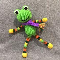 Crochet Frog, Yoshi, Dinosaur Stuffed Animal, Frogs, Animals, Fictional Characters, Craft, Crochet Dolls, Amigurumi