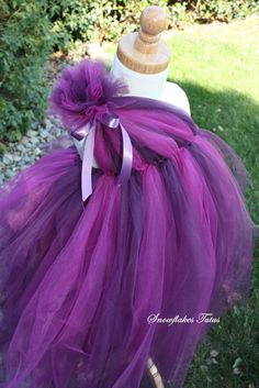 tutu dress, I wonder if I could hire @Shannon Bellanca Jenkins to make this in yellow! She seems to have a decent grasp on tutu making :)