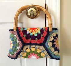 Ravelry: AuntieBecky's Small Hex Purse       ♪ ♪ ... #inspiration #diy GB http://www.pinterest.com/gigibrazil/boards/