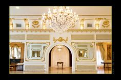 Chateau du Solano - Limeira, SP  Luxuoso e requintado salão de festas no interior de SP.