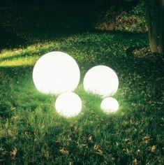 lámparas-bola para el jardín