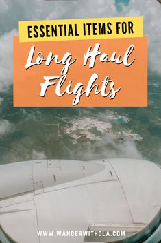 best long flight accessories | how to be comfortable on a plane | products for sleeping on planes | airplane comfort kit | best travel pillow | travel essentials for long haul flights Travel Advise, Travel Pics, Travel Fashion, Travel Style, Cheap Travel, Budget Travel, Carry On Essentials, Travel Size Toiletries, Travel Wall