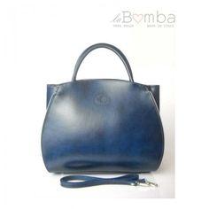 32dfbf3e60 Modrá dámská kožená kabelka VERA PELLE K12BS
