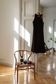 ALBUM - Vaatekaapilla: Katri Ahlman Marimekko, Second Hand, Bottega Veneta, Uniqlo, Celine, The Row, Dior, Album, Chair