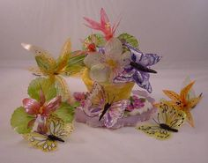 Gelatin Flowers and Butterflies Found on CakeCentral.com