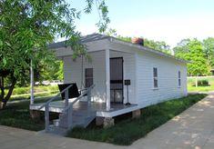 Birthplace of Elvis Presley, Tupelo, Mississippi - Travel Photos by Galen R Frysinger, Sheboygan, Wisconsin