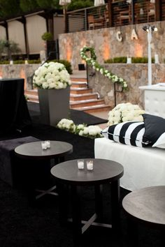 Black and White Weddings Pictures   Wedding Ideas