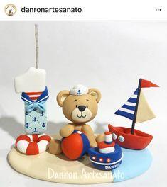 Urso marinheiro vela