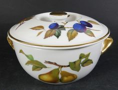 Royal Worcester EVESHAM Small Lidded Casserole / Vegetable Dish - Oven to Table