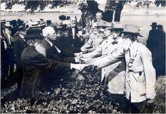End of the Civil War handshake