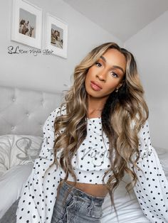 """✨ Featuring #SLRawhair Natural Wavy extensions 22"""", 20"""",18"""" & 18"""" closure + custom - colored #SLRawGirl x @tinsleyerin Tap 💫 to shop Crafted using premium quality human hair - offering you an variety of options. Our Wavy Hair colors beautifully and can be worn in it's natural state, straight, or with beautiful body curls. Checkout our stories to see how @tinsleyerin Styles her SL Raw hair extensions Browse our full collection at www.slrawvirginhair.com Best Human Hair Extensions, Latest Hair Trends, Hair Transformation, Beautiful Body, Great Hair, Virgin Hair, Hair Colors, Hair Inspiration, Curls"""