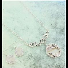 """MOTHER OF PEARL NECKLACE AND EARRING SET NO TRADES. No modeling. Reasonable offers made through the """"offer"""" feature are welcomed and will be considered. . Jewelry Necklaces"""