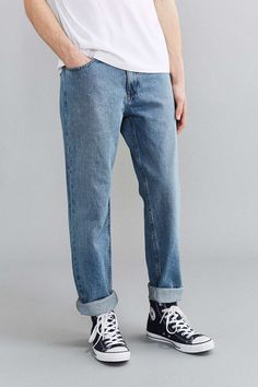 Calvin Klein X UO Stonewash Vintage Relaxed Jean Streetwear Jeans, Vetement Fashion, Rugged Style, Mens Fashion Week, Looks Cool, Mens Clothing Styles, Jeans Style, Street Wear, Calvin Klein