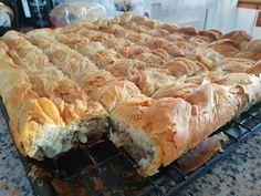 ΜΑΓΕΙΡΙΚΗ ΚΑΙ ΣΥΝΤΑΓΕΣ 2: Πίτα με κιμά και μελιτζάνα !!!! Spanakopita, Apple Pie, Food To Make, Lunch, Bread, Cooking, Ethnic Recipes, Desserts, Kitchen