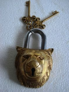 Antique Style Lion Type Padlock Lock with Key Brass