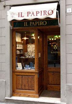 cartoleria artistica in Firenze