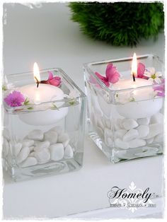 A small glass wind light filled with white gravel and a white floating core . A small glass wind light filled with white gravel and a white floating candle. You can fill the glass with water and decorate it with small flowers ar. Living Room Candles, Bedroom Candles, Floating Candle Centerpieces, Diy Candles, Small Wedding Centerpieces, Quinceanera Centerpieces, Wedding Bouquets, Wedding Flowers, Diwali Decorations