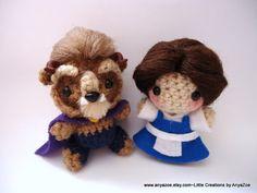 Aww, look at the cute little Beast and is adorable fangs! Beauty and the Beast Amigurumi by AnyaZoe on Etsy Crochet Disney, Crochet Geek, Cute Crochet, Crochet Crafts, Crochet Dolls, Yarn Crafts, Crochet Projects, Amigurumi Doll, Amigurumi Patterns