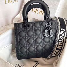 Check out the latest Replica Dior designer bags, Christian Dior designer in vho. Luxury Purses, Luxury Bags, Luxury Handbags, Dior Handbags, Dior Purses, Dior Bags, Chanel Bags, My Bags, Purses And Bags