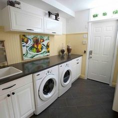 Lovely Laundry Room : Vintage decor items : Simple clean