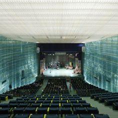 Cinema Theatre, Theatre Design, Auditorium Design, Hall House, Ballet Studio, Archi Design, Glass Facades, Building Facade, Space Architecture