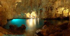 Descoperă Grota de Smarald, Italia | Calatoresc.ro