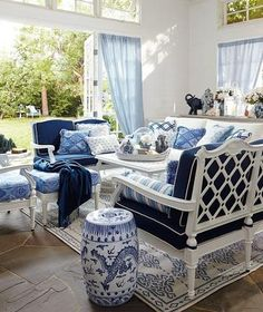 Blue and White Decor Ideas Lovely Blue & White Rooms and Very Affordable Blue & White Furniture Accessories – south Shore Coastal Living Rooms, Coastal Homes, Living Room Decor, Coastal Decor, Blue Rooms, White Rooms, White Furniture, Outdoor Furniture Sets, Furniture Design
