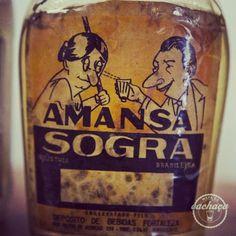 As 19 cachaças mais sem vergonha do Brasil Mal Humor, Puerto Rico History, Coca Cola, Vodka Bottle, Soda, Graphic Design, Map, Terra, Winchester