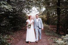 Geldgeschenke originell verpacken: 11 kreative Ideen Bridesmaid Dresses, Wedding Dresses, Couple Photos, Couples, Civil Wedding, Bridesmade Dresses, Bride Dresses, Couple Shots, Bridal Gowns