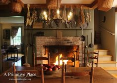 Primitive fireplace christmas primativecountry pinterest a primitive place i absolutely love everything about this picture wish i had a fireplace in my kitchen teraionfo