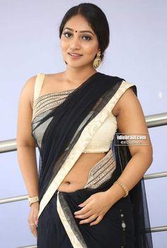 Bommu Lakshmi Actress Photos Stills Gallery Lakshmi Actress, Lakshmi Photos, Photoshoot Images, Heroine Photos, Black Saree, Cinema Actress, Tamil Actress Photos, Indian Models, Beautiful Saree