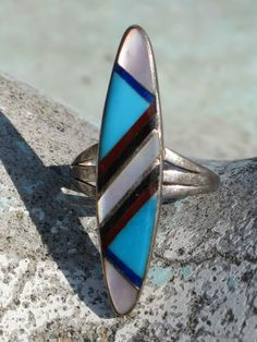 VINTAGE SOUTHWESTERN TRIBAL STERLING SILVER & INLAY TURQUOISE RING