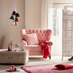 Miss Elliot růžové stylové křeslo s prošíváním / living room armchair Butler, Sofa Chair, Armchair, Slow Living, Girls Bedroom, Room Inspiration, Love Seat, Accent Chairs, Sweet Home