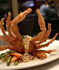 Juban's Restaurant in Baton Rouge. The Hallelujah Crab is one of the most amazing things I have put in my mouth! I love Jubans! Creole Recipes, Cajun Recipes, Seafood Recipes, Cajun Food, Diet Recipes, Fried Soft Shell Crab, Louisiana Recipes, Seafood Restaurant, Places To Eat